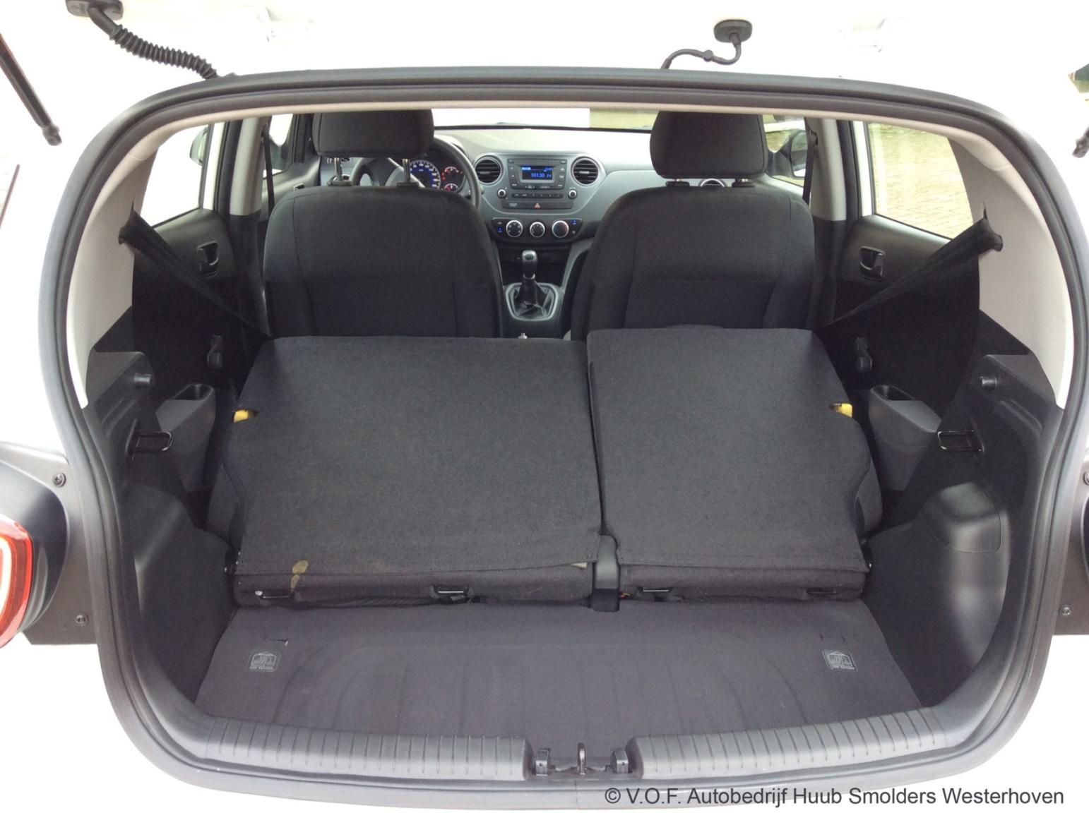 Hyundai-i10-32