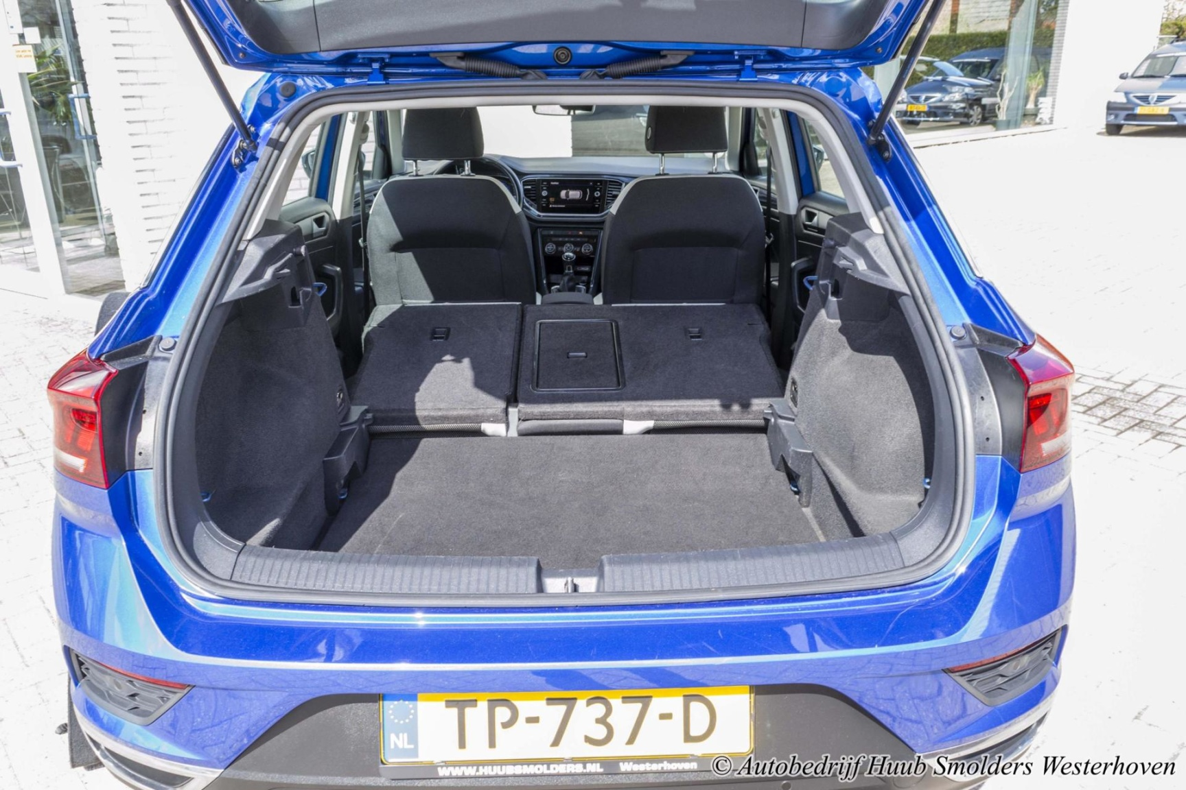 Volkswagen-T-Roc-51